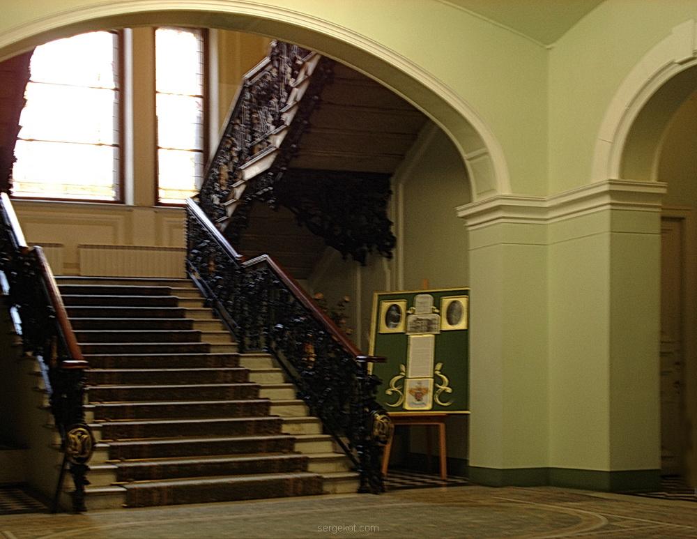 Фурштадская, 58, Вид на главную лестницу