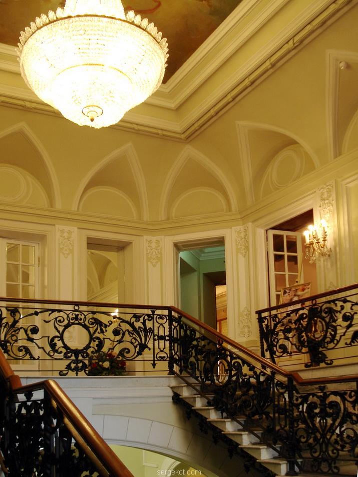 Фурштадская, 58, Главная лестница, II этаж