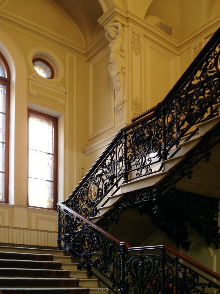 Фурштадская, 58, Главная лестница