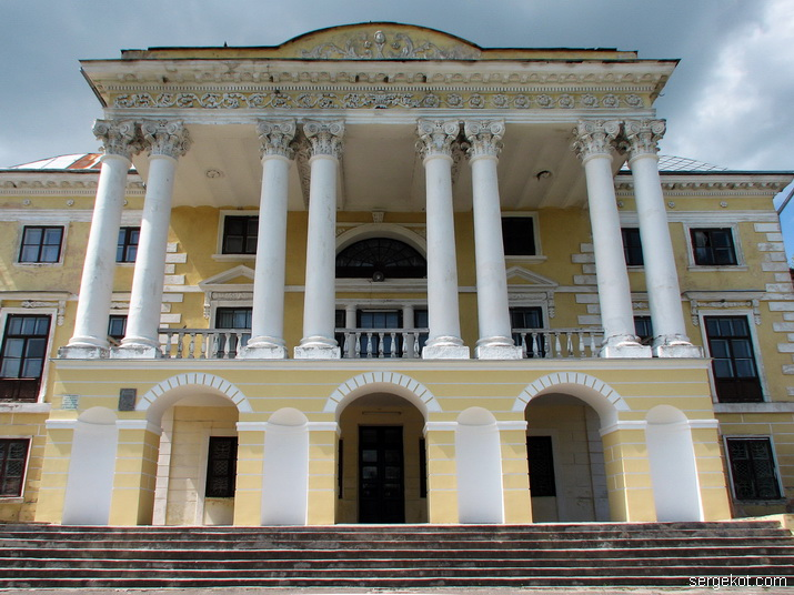 Фасад, Колонада, дворец, Вороновица, Можайский