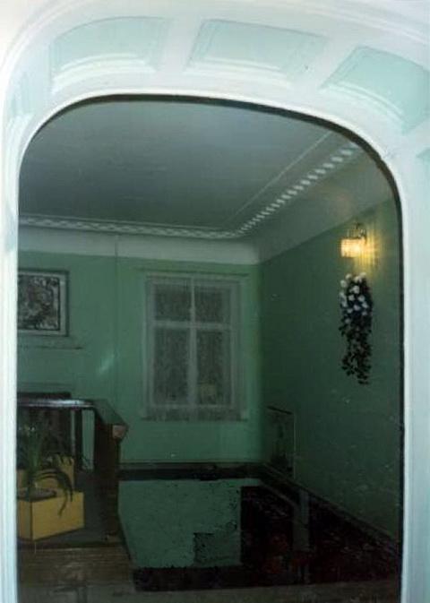 Дворец вел. кн. Кирилла Владимировича. Вестибюль главного дома
