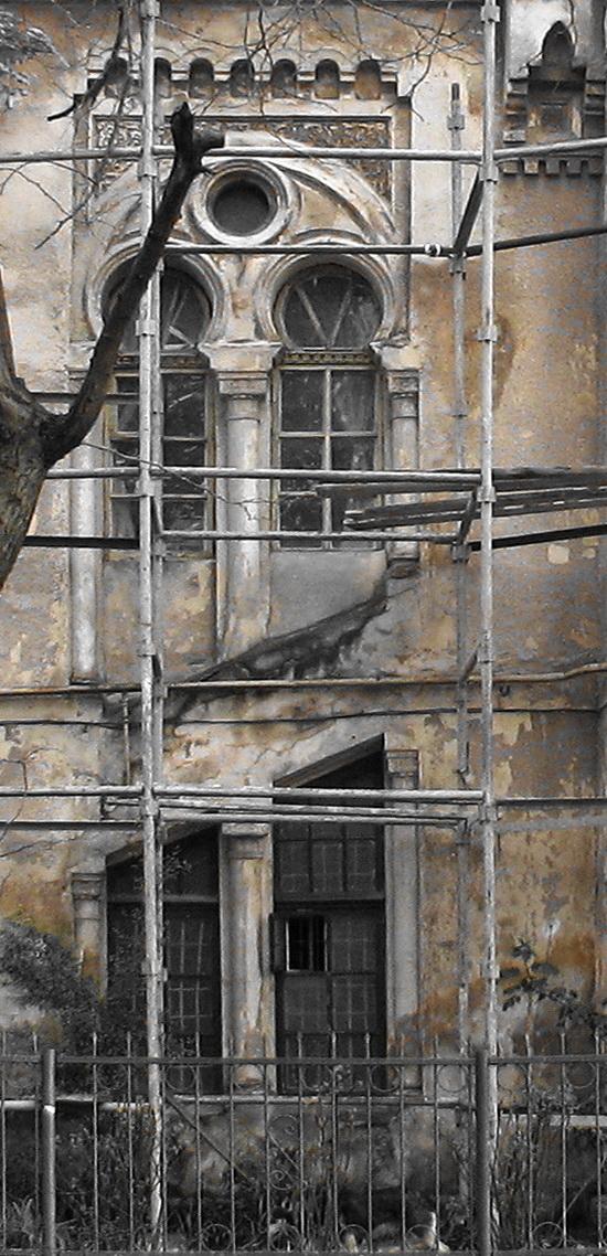 Одесса, Французский бульвар, дача Макареско-Рашевского. Окна лестницы