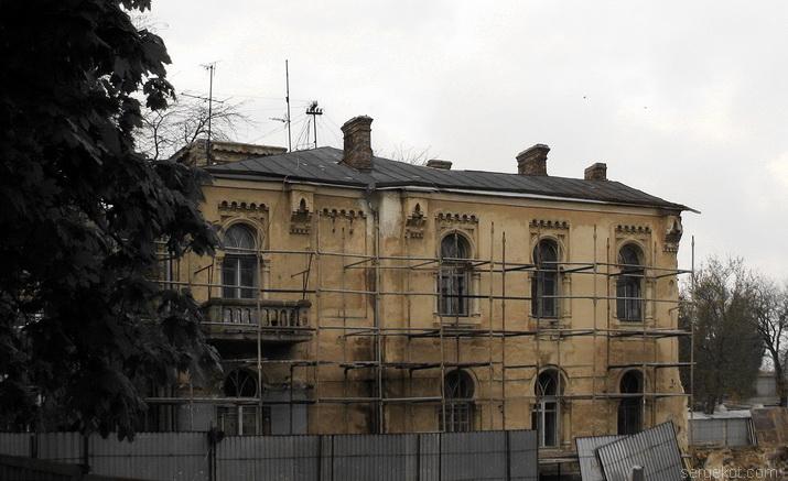 Одесса, Французский бульвар, дача Макареско-Рашевского. Боковой фасад.