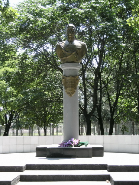 Памятник Великому Князю Константину Константиновичу в Одессе.