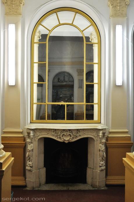 Одесса, Пушкинская 4. дом Маразли. Второй этаж. Камин.