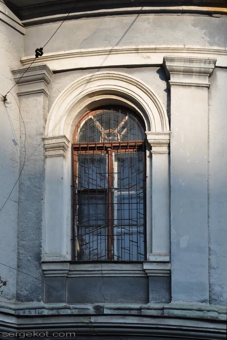 Херсонская (Пастера) 2. Бактериологическая станция. Окно.