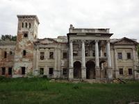 Ободовка. Дворец после вырубки растительности.