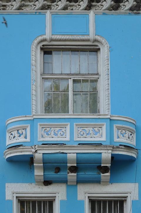 Балкон левой башни