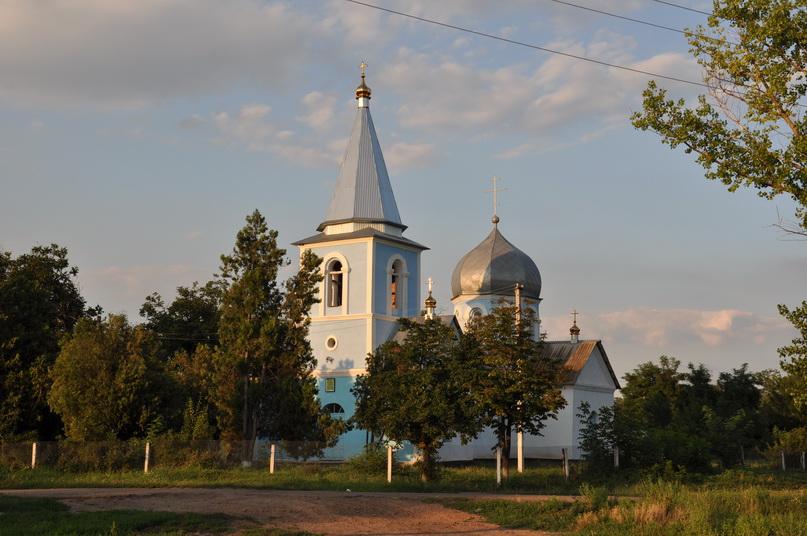 Церковь в Исаево, 2011 год.