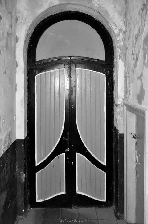 Дверь, парадная, дворец, курис, Исаево