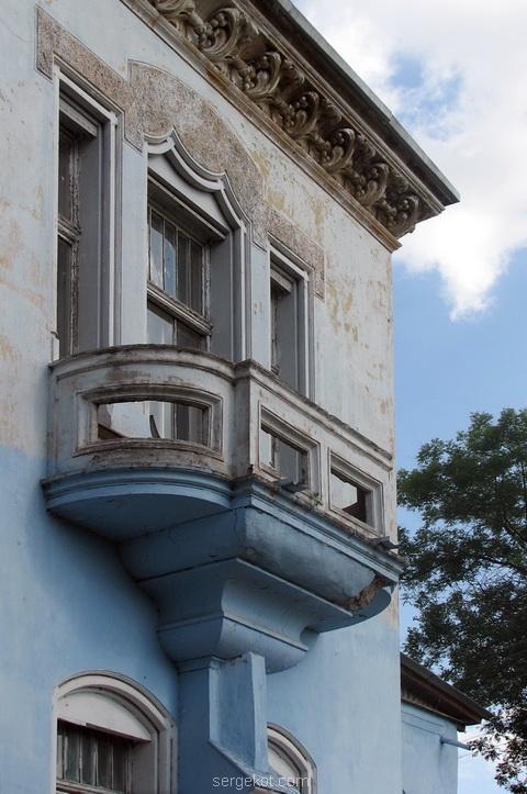 Балкон западного фасада