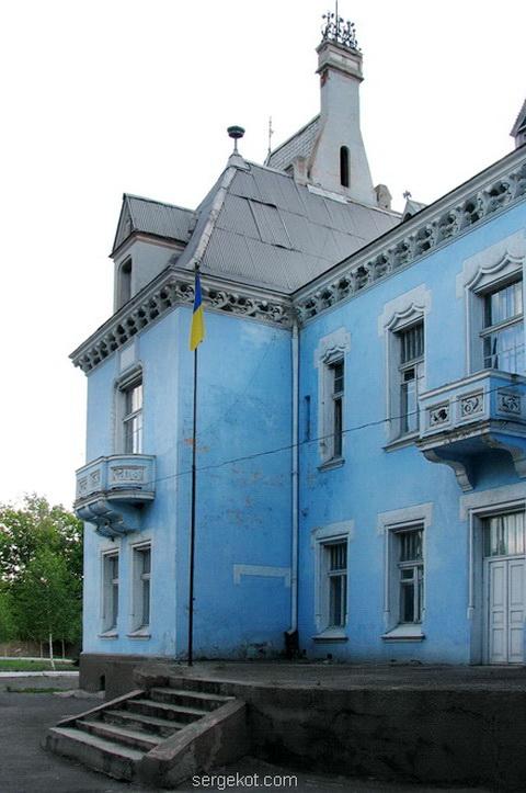 Часть восточного фасада