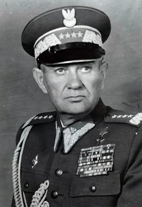 Станислав Гилярович Поплавский