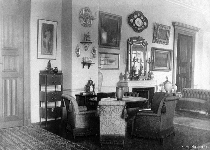 Леськова. Фрагмент салона. Фото до 1917